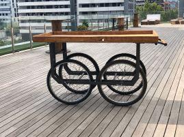 Carro de madera + estructura de hierro ruedas bicicleta